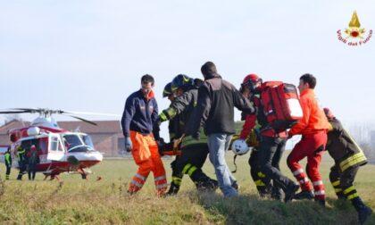 Tragico scontro tra auto e furgone, muore donna di 63 anni
