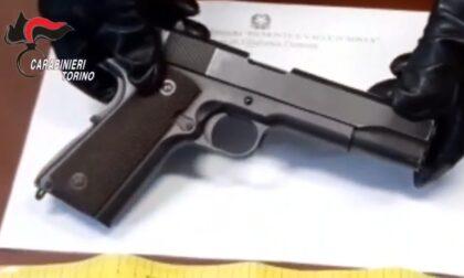 Con il volto coperto da mascherina, rapina panetteria armato di pistola: messo in fuga dal proprietario
