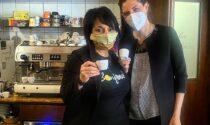 """La Appendino torna a fare colazione al bar: """"In bocca al lupo, Torino!"""""""