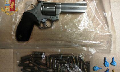 Colpo grosso della Polizia: sequestrata droga, 13.000 euro cash e una pistola rubata