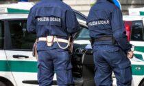 Cartoline in cambio di denaro per beneficenza: sventata truffa, due arresti