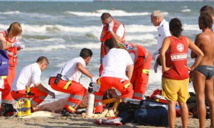 Tragedia in mare a Savona, Emanuel muore annegato sotto gli occhi degli amici