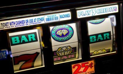Slot machine e irregolarità amministrative: scattano le sanzioni