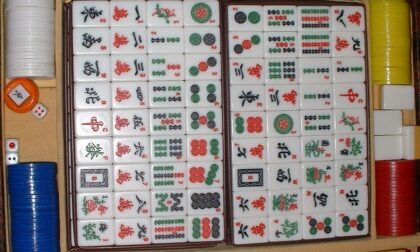 Bisca clandestina cinese in Barriera: si giocava a mahjong