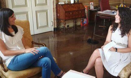 Pesanti insulti sessisti sui manifesti della candidata sindaco Sganga: solidarietà di Appendino