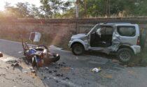 Incidente tra auto e moto: due morti. Le foto del tragico schianto