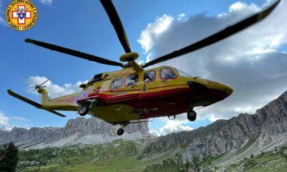 Escursionista torinese scivola in un canale in Veneto: soccorsa e portata in ospedale