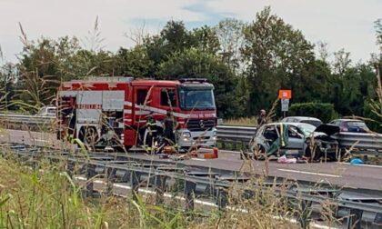 Tragico schianto in autostrada: perde la vita 55enne torinese