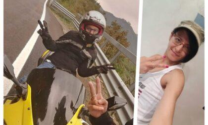 Scontro auto moto, muore una 40enne torinese: caccia al pirata della strada