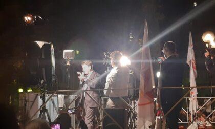 """Conte in piazza Solferino a Torino: """"No all'alleanza M5s-PD sotto la Mole"""""""
