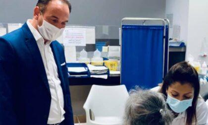 """Vaccini, oggi al via la terza dose anche in Piemonte. Cirio: """"Tra i primi a partire"""""""
