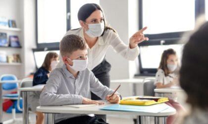 Covid nelle scuole: 4 focolai e 74 classi in quarantena (27 a Torino)