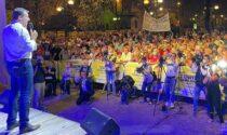 Bagno di folla per Salvini: corsa al selfie per il comizio del leader leghista