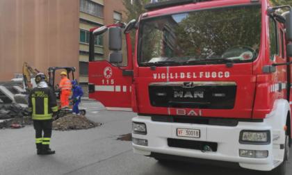 Torino: fuga di gas in strada di primo mattino, sul posto i Vigili del Fuoco