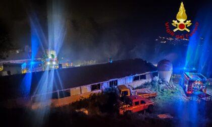 Un altro incendio nel Torinese, in fiamme un fienile