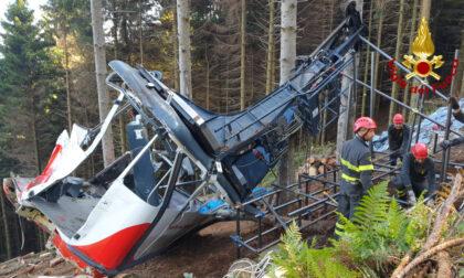 Strage Mottarone: le foto e il video delle attività di rimozione della cabina precipitata